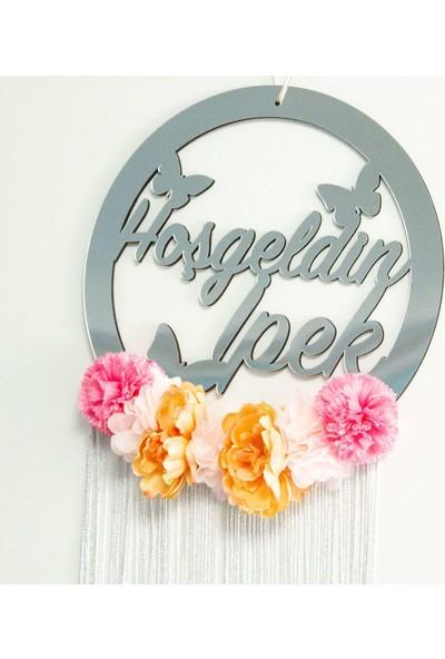 Meşgalem Isme Özel Kız Bebek Kapı Süsü Çiçekli ve Kelebekli