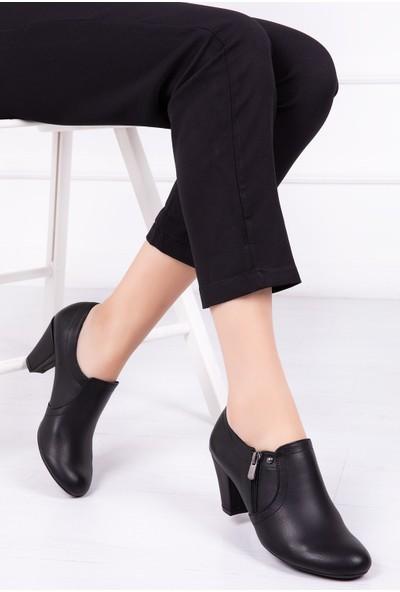 Tarçın Deri Siyah Günlük Kadın Topuklu Ayakkabı TRC50-1075