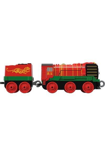 Thomas & Friends™ Trackmaster Sür-Bırak Büyük Tekli Trenler, Yong Bao, Kırmızı Vagonlu Oyuncak Lokomotif Tren, FXX14