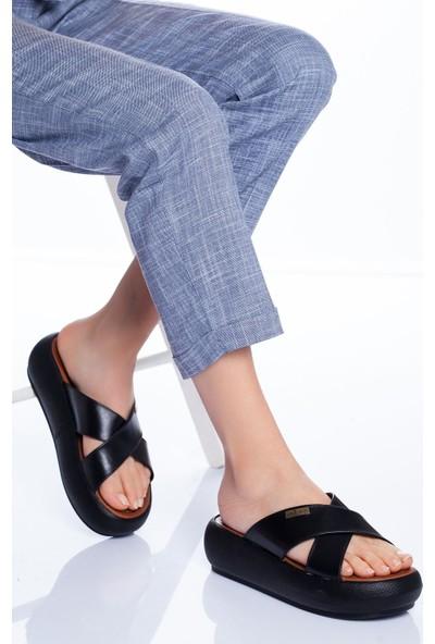 Ayakkabı Frekansı Kadın Carey Deri Terlik Siyah