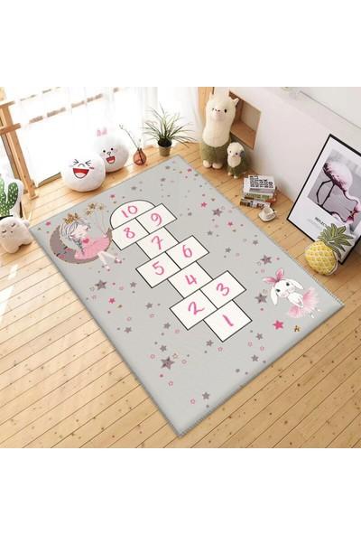 Soho Tavşanlı ve Kızlı Seksek Çocuk Odası Halısı 50 x 80 cm
