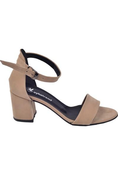 Ayakland 2013-05 Süet 7 Cm Kadın Orta Boy Topuk Ayakkabı Ten