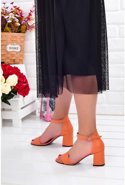 Ayakland 2013-05 Cilt 7 Cm Kadın Orta Boy Topuk Ayakkabı Turuncu