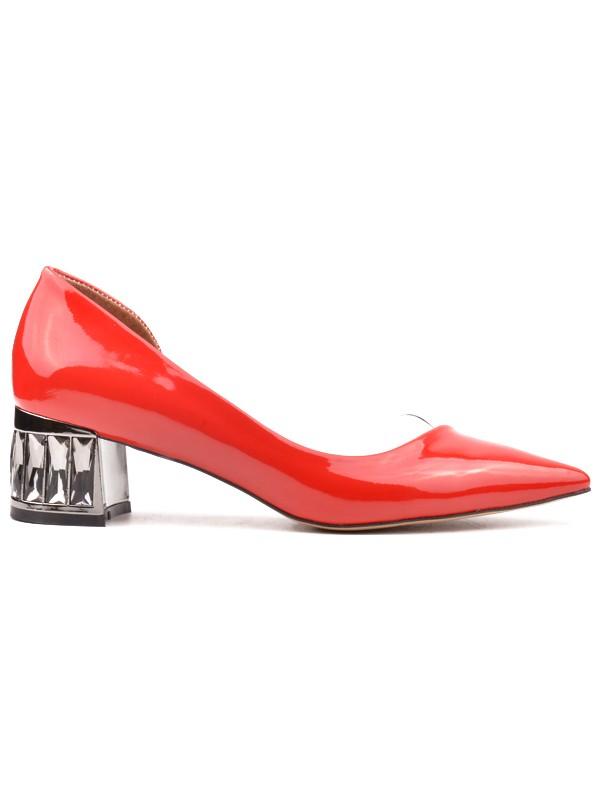 Derinet Kırmızı Rugan Alçak Topuklu Kadın Stiletto