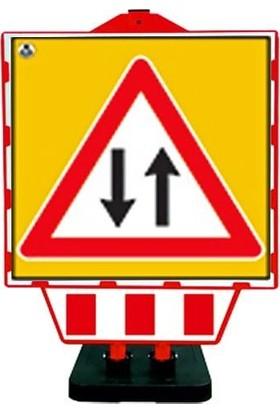 İlgi Trafik Katlanır Uyarı Levhası ve Bariyeri Iki Yönlü Yol Levhası