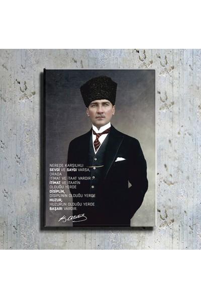Magazacım Atatürk Takım Elbiseli Portre Kanvas Tablo