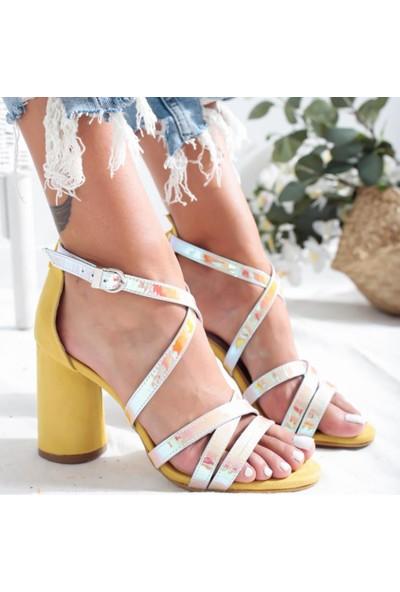 Limoya Emmy Limon Hologram Oval Ökçeli Topuklu Sandalet (Baktığınız Açıya Göre Renk Değiştirir)