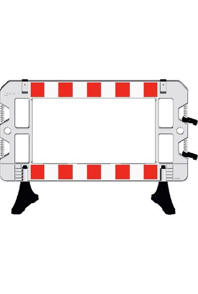 İlgi Trafik Plastik Güvenlik Bariyeri Levhalı Güvenlik Barikatı 1500 x 1000 mm Beyaz