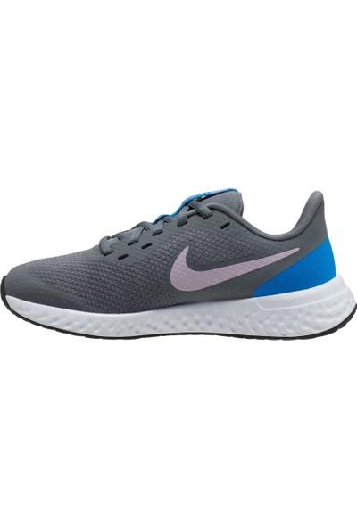 Nike Revolution 5 Kadın Ayakkabı