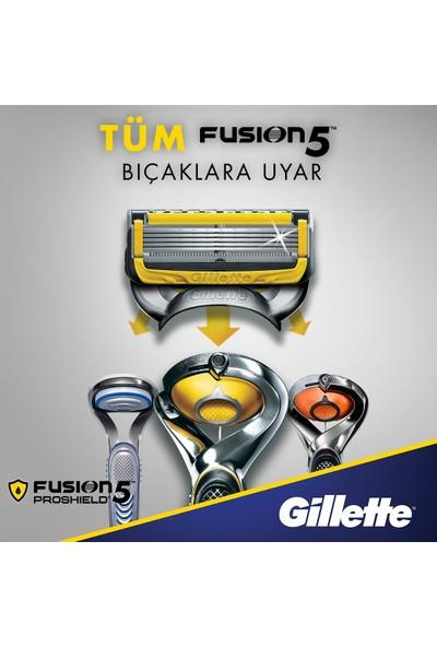 Gillette Fusion5 Proshield Tıraş Makinesi + 5 Yedek Bıçak