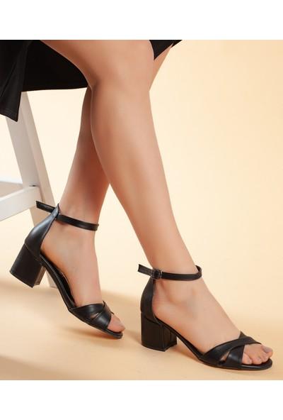 Daxtors D204 Kadın Günlük Klasik Topuklu Ayakkabı 37