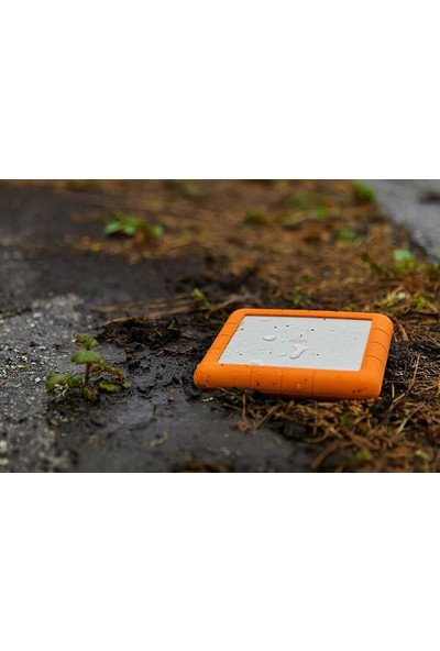 LaCie Rugged Raid Shuttle 8TB Portable HDD STHT8000800