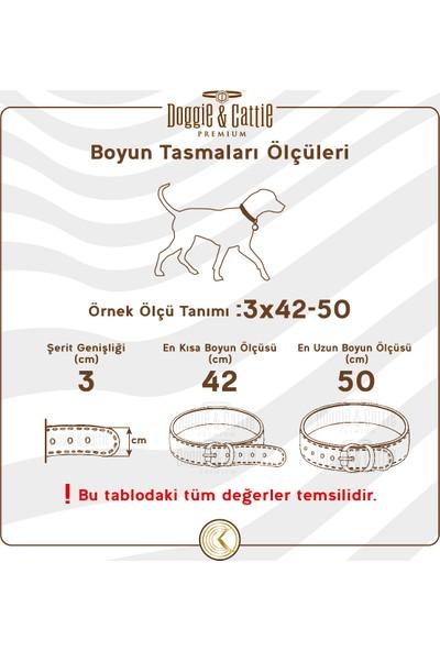 Doggie Konforlu Dokumadan El Yapımı Çivili Köpek Boyun Tasması
