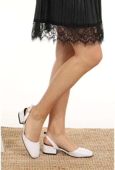 Mio Gusto Aura Beyaz Rugan Kısa Topuklu
