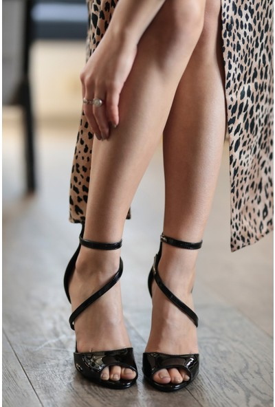 Mio Gusto Hakiki Deri Ellie Siyah Topuklu Ayakkabı
