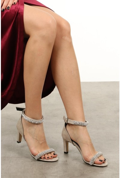 Mio Gusto Paris Bej Kısa Topuklu Abiye Ayakkabı