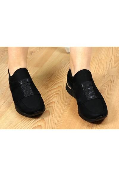 Lady W304-3 Sade Lastik Taşlı Kadın Spor Ayakkabı