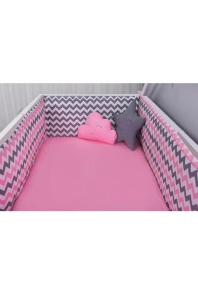 Odeon Bebek Yatak Beşik Yan Koruma Pembe Gri Zigzaglı 80 x 130 cm
