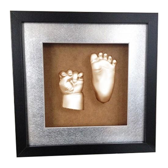 Küçük İzler Siyah Çerçeveli Aljinat ile 3 Boyutlu Bebek El ve Ayak İzi Heykeli Kalıp Seti