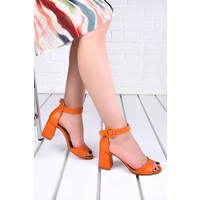 Ayakland 1218 Cilt 7 cm Topuk Kadın Topuklu Sandalet Turuncu