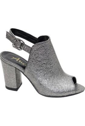 Arıcı Platin Baskılı Ayakkabı