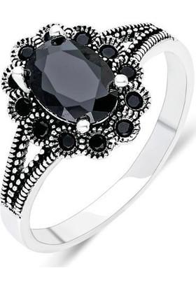 Aykat Gümüş Yüzük Siyah Renk Oniks Taşlı Bayan Yüzüğü YZK-345