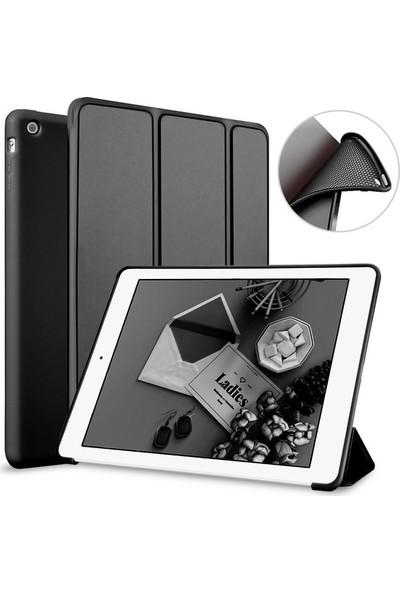 """Cepmarketim Apple iPad 10.2"""" 2019 7.Nesil A2197-A2198 Seri Darbe Emici Yumuşak Silikon Smart Kılıf-Siyah"""