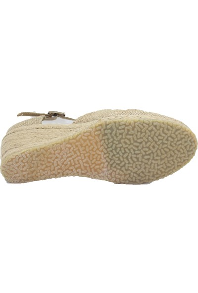 Gökçe Kundura Dolgu Topuk Sandalet