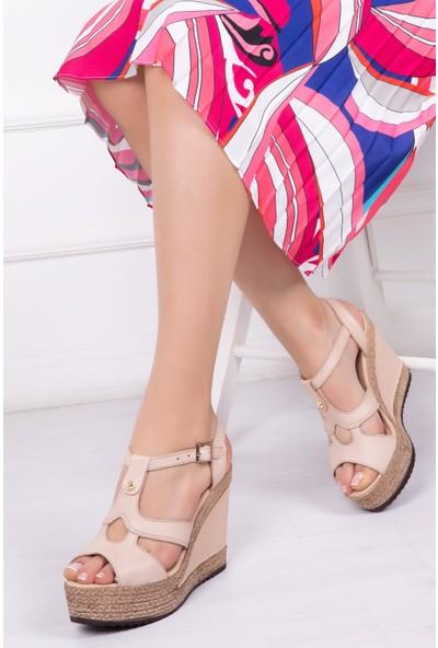 Tarçın Deri Bej Günlük Kadın Platform Sandalet Ayakkabı Trc142-0705