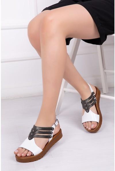 Tarçın Deri Beyaz X3 Günlük Kadın Sandalet Ayakkabı Trc61-0095