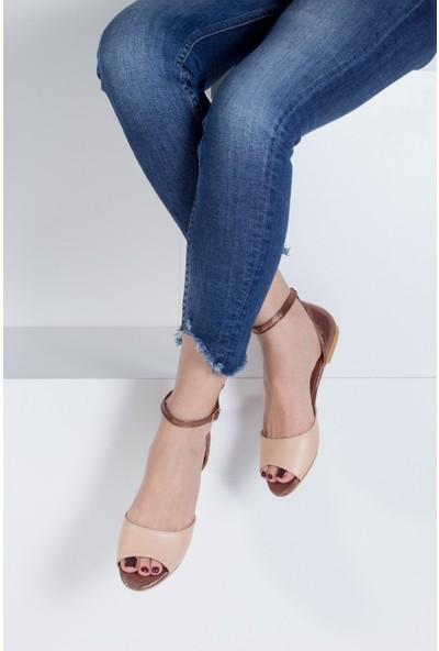 Fox Shoes TenBakır Kadın Sandalet B726555009
