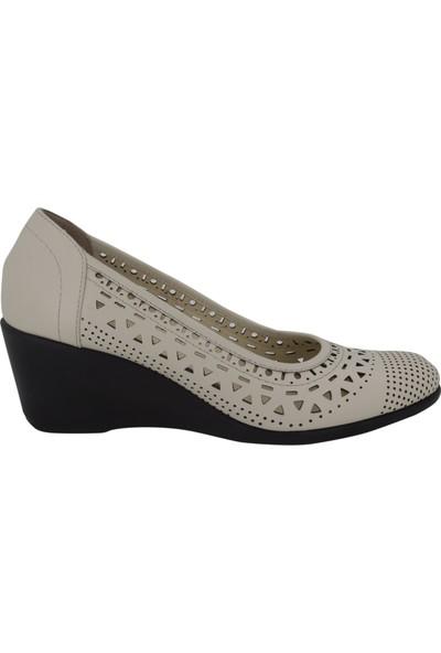 Hobby Krem Yazlık Kadın Ayakkabı 313