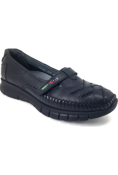 29429 Forelli Günlük Kadın Ayakkabı Siyah