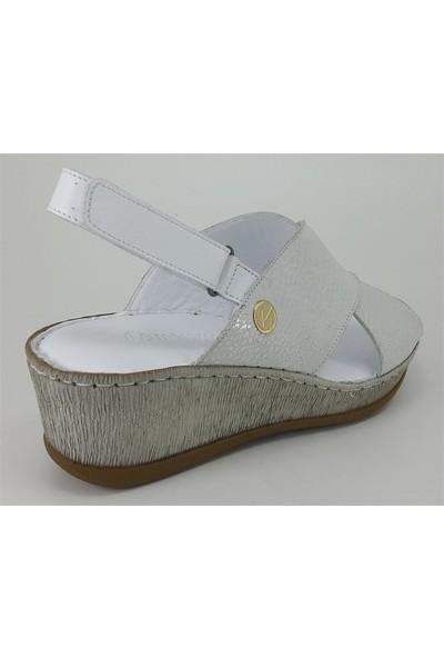 Messimod 2130 Günlük Kadın Sandalet Beyaz Simli