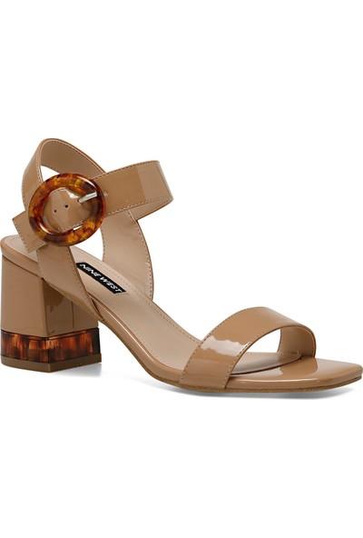 Nine West Lena Naturel Kadın Sandalet