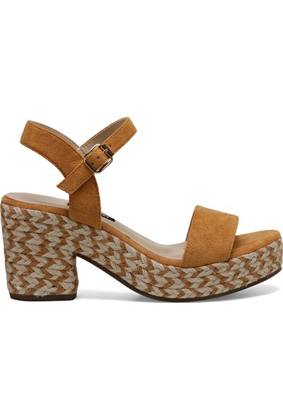 Nine West Norına Camel Kadın Dolgu Topuk Sandalet