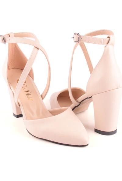 Cici Moda Bilekten Bağlamalı Süet Kum Simli Kare Topuk Kadın Ayakkabı Krem