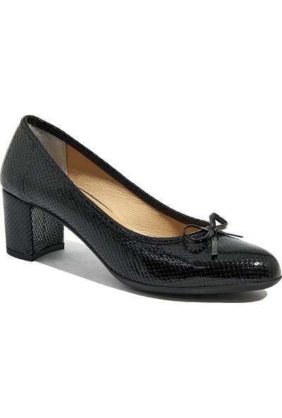 Desa Adrian Kadın Klasik Deri Ayakkabı