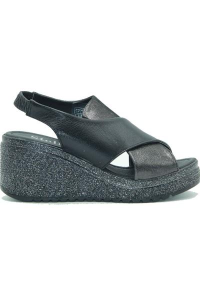 Stella Dolgu Taban Kadın Deri Sandalet 20344 Simli.Siyah