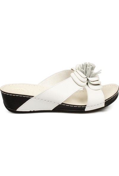 Muya 30209 Fashion Çiçekli Beyaz Kadın Terlik