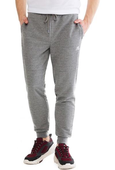 Skechers S201012 Lightweight Fleece Sweatpant Gri Erkek Giyim
