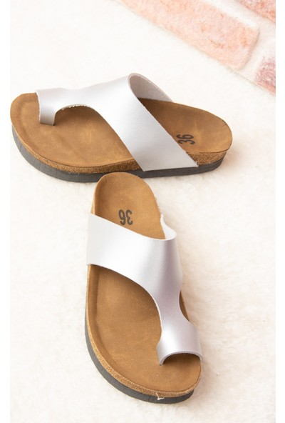 Fox Shoes Lame Kadın Terlik D777812009