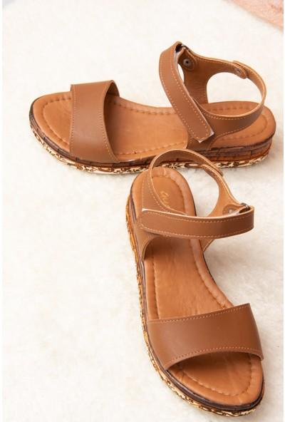Fox Shoes Taba Kadın Sandalet F288061309