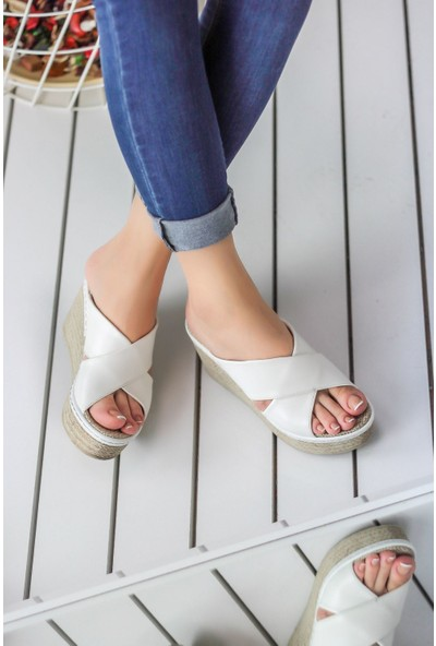 Awon Despina Beyaz Dolgu Topuk Ayakkabı 37