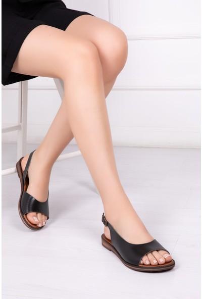 Tarçın Deri Günlük Siyah Kadın Sandalet Ayakkabı TRC61-0076