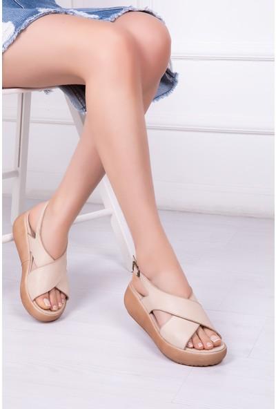 Tarçın Deri Günlük Bej Kadın Sandalet Ayakkabı TRC61-20669