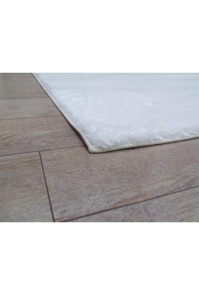 Balat Halı Dekoratif Peluş Halı Uzun Tüylü Polyester Yolluk Halı Beyaz