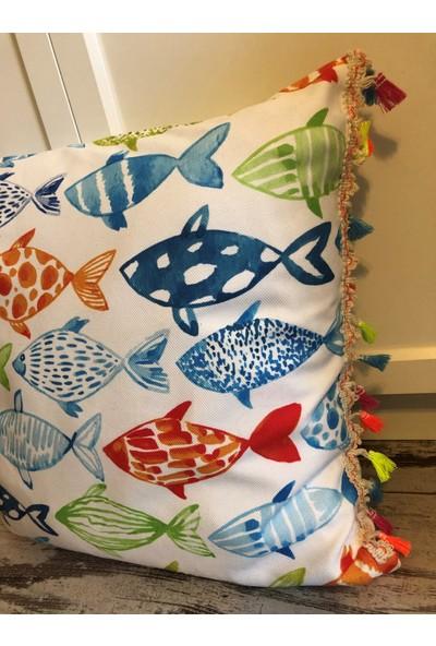 Heybelioda Beyaz Balık Desen Dijital Baskı Püsküllü Dekoratif Yastık Kırlent Kılıfı
