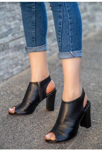 8Stil Dolly Siyah Cilt Topuklu Ayakkabı