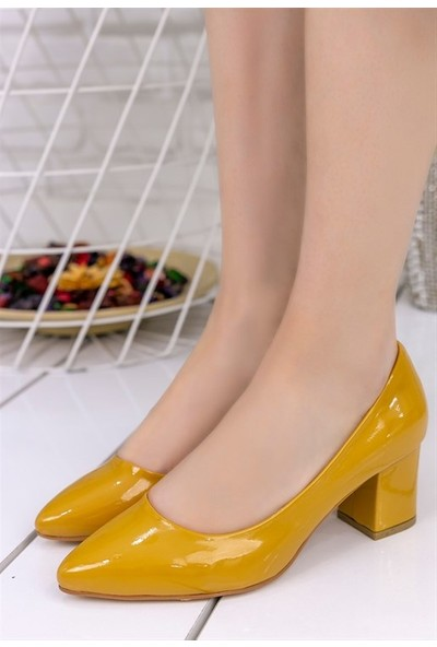 8Stil Lehisa Hardal Rugan Topuklu Ayakkabı